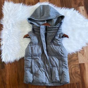 ATHLETA quilted puffer vest charcoal gray hood